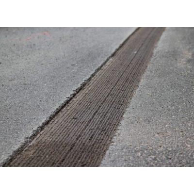 Avant asfalttijyrsin