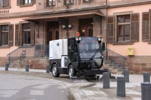 City-Ranger-3500_Action_Sweeper_2_W_Web