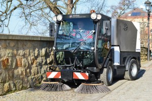 City-Ranger-3500_Action_Sweeper_3_W_Web
