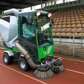 park-ranger-2150_action_suction-sweeper_7_web