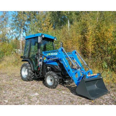 Solis 26 traktori  Hytillä ja etukuormaajalla